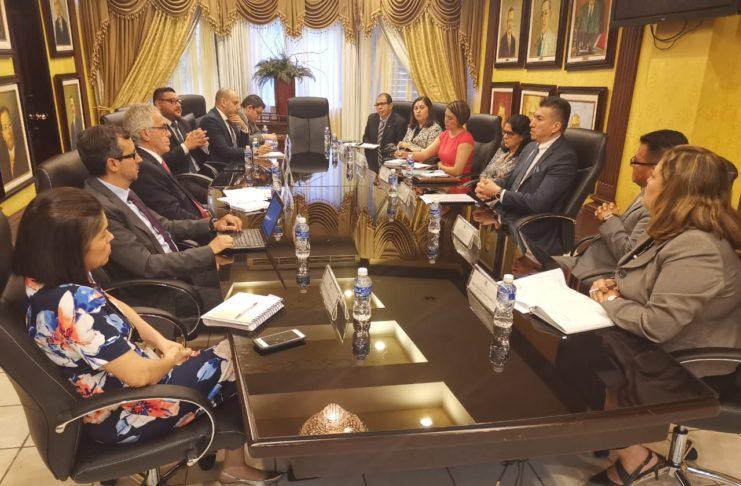 Imagenes de la reunión